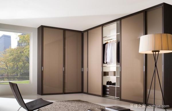 室内大衣柜图片     大衣柜选购要点有哪些